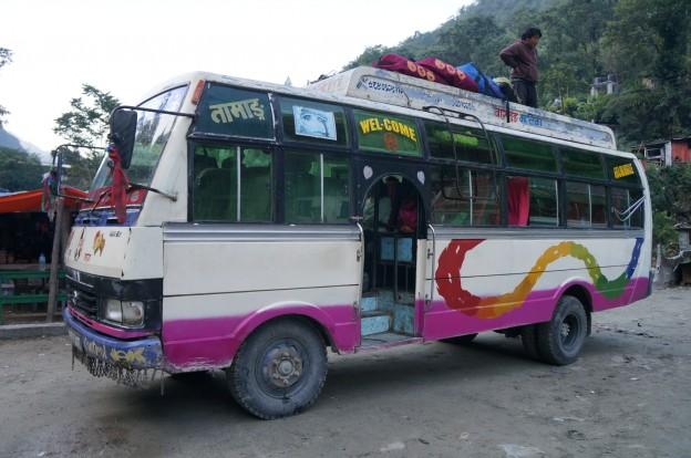 65 bus retour pokhara