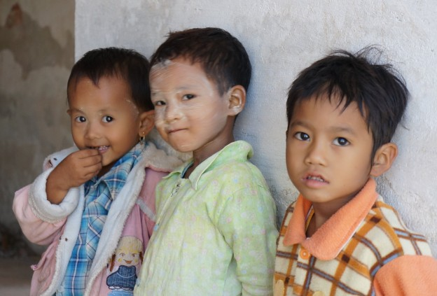 enfants mandalay