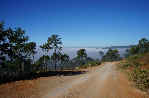 trek inle brouillard en haut