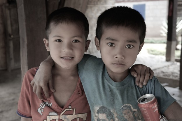 enfant laos 1