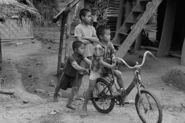 enfant laos 10