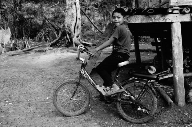 enfant laos 9