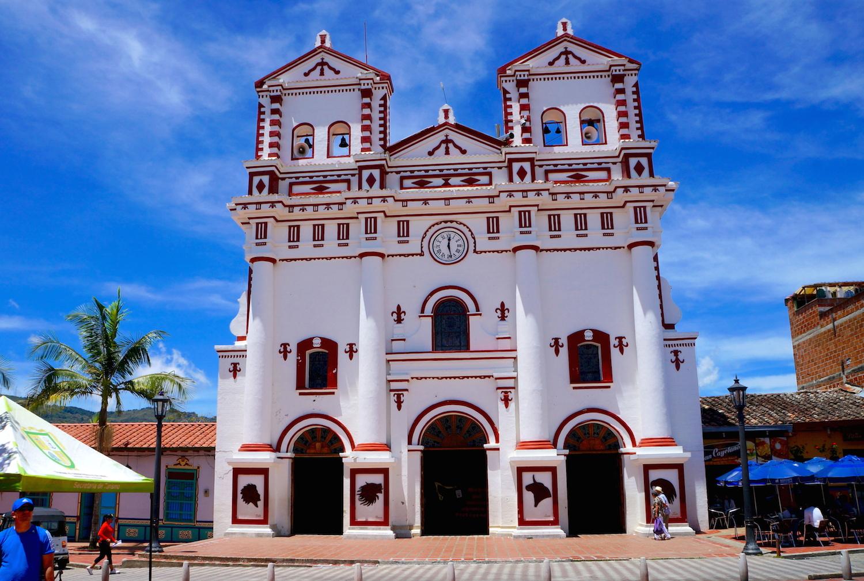 guatape église