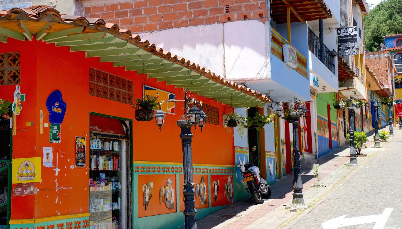 guatape rue 2