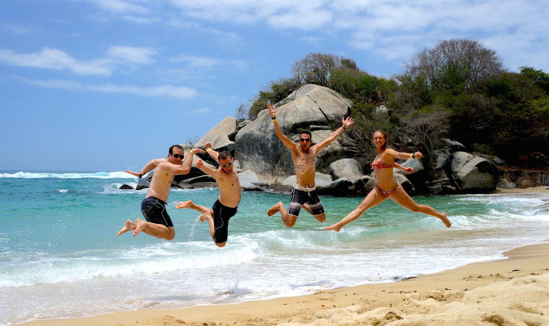 nous saut tayrona beach