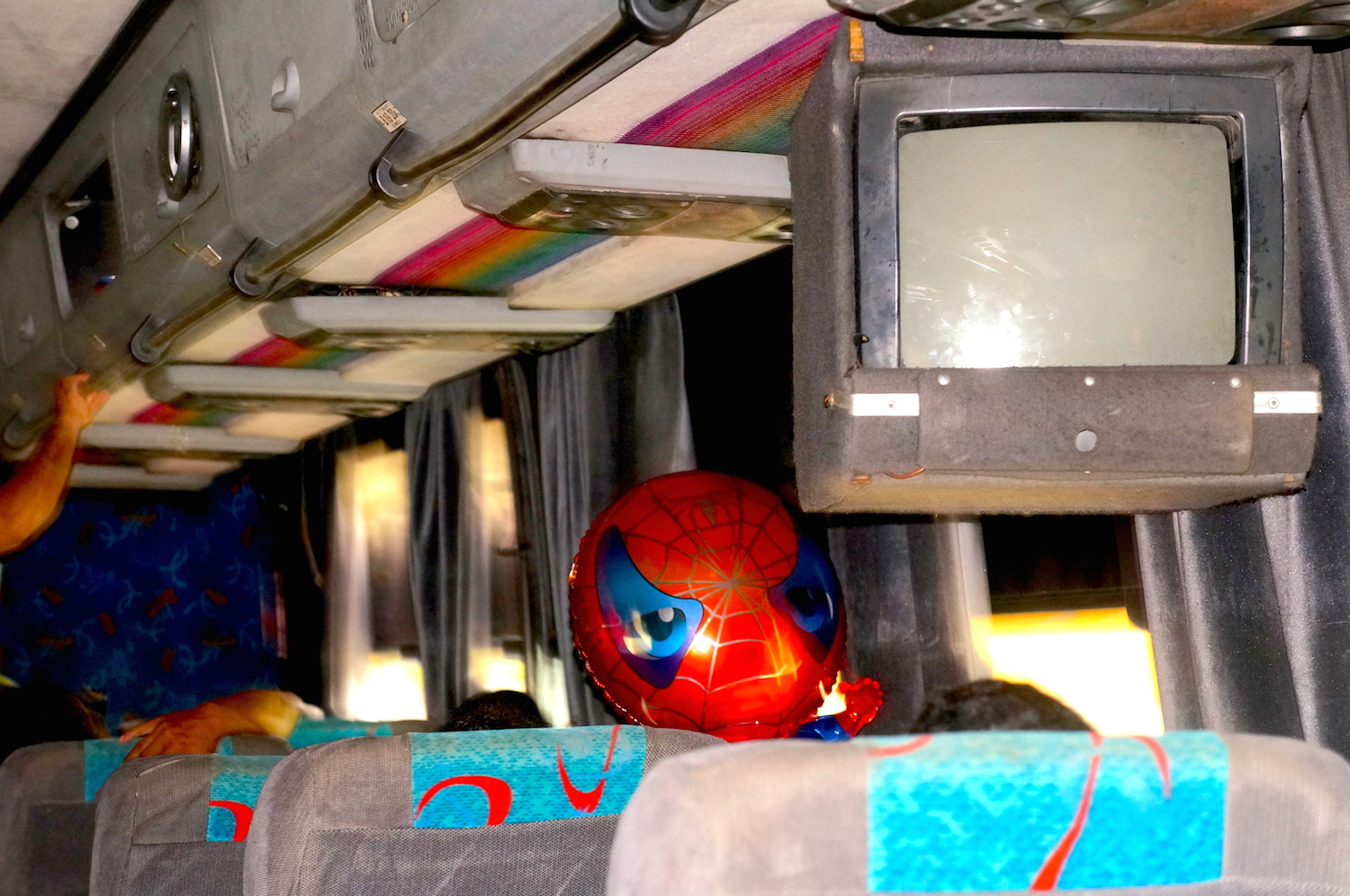 spiderman bus 1